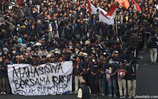Buat Info - Geliat Demonstrasi Mahasiswa Terhadap RUU yang Dinilai Kontroversial