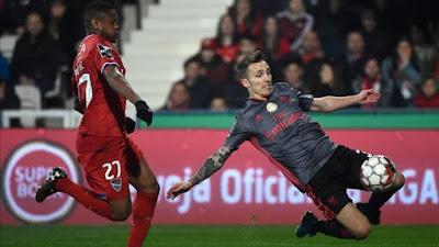 """عاااجل..اصابة المدافع الإسباني  """"أليخاندرو جريمالدو"""" لاعب بنفيكا من الرباط الصليبي"""