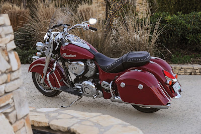 New 2016 Indian Springfield rear side view HD Pictures