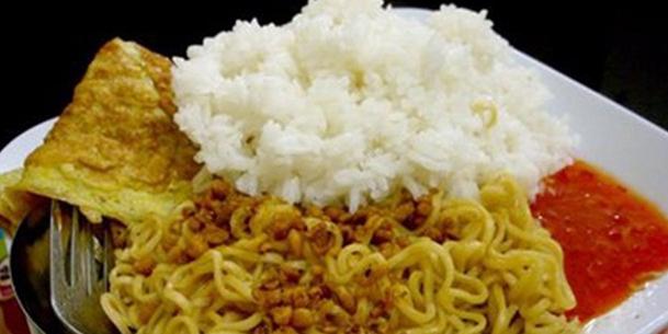 Mie Instan Dicampur Nasi Penyebab Diabetes