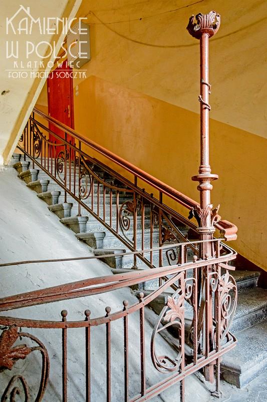 Kalisz: ozdobne zwieńczenie balustrady