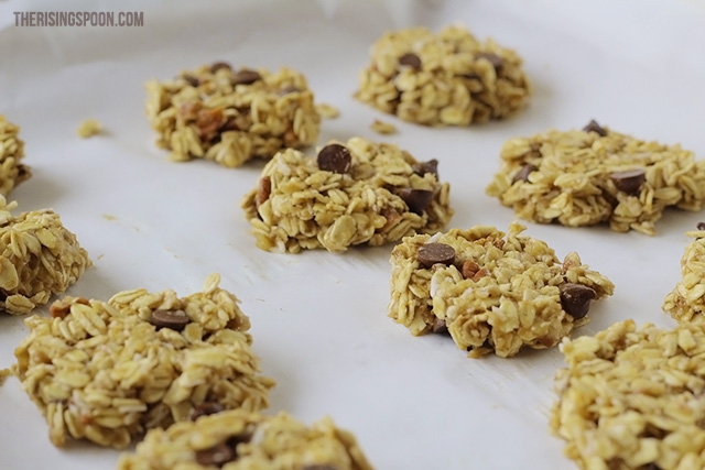 chocolate chip oatmeal cookies   therisingspoon.com
