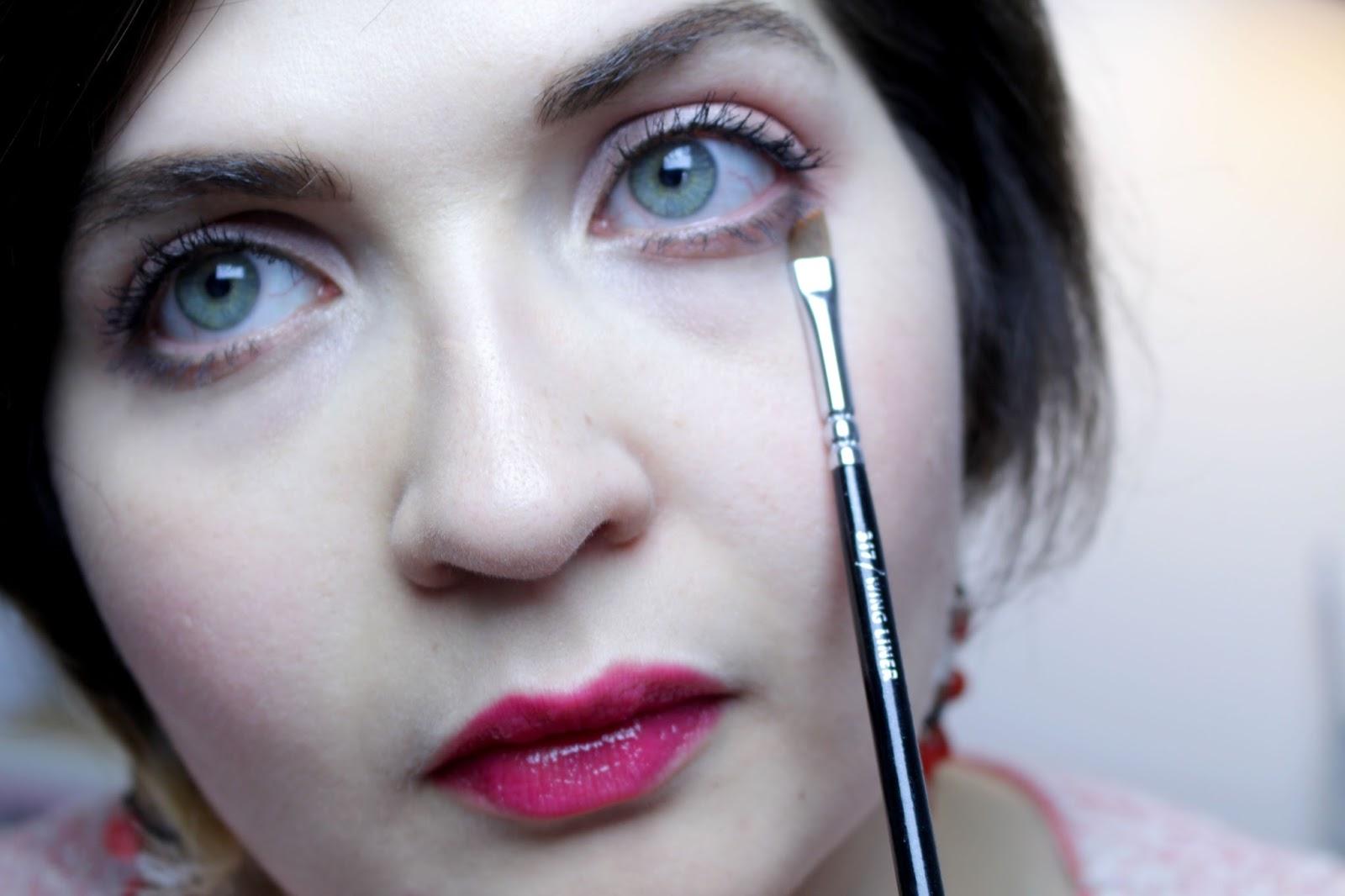 Maquillage des yeux: mes essentiels pinceaux