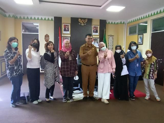 Bupati bersama Wabup Natuna Menyambut Kedatangan Kemenko Marves