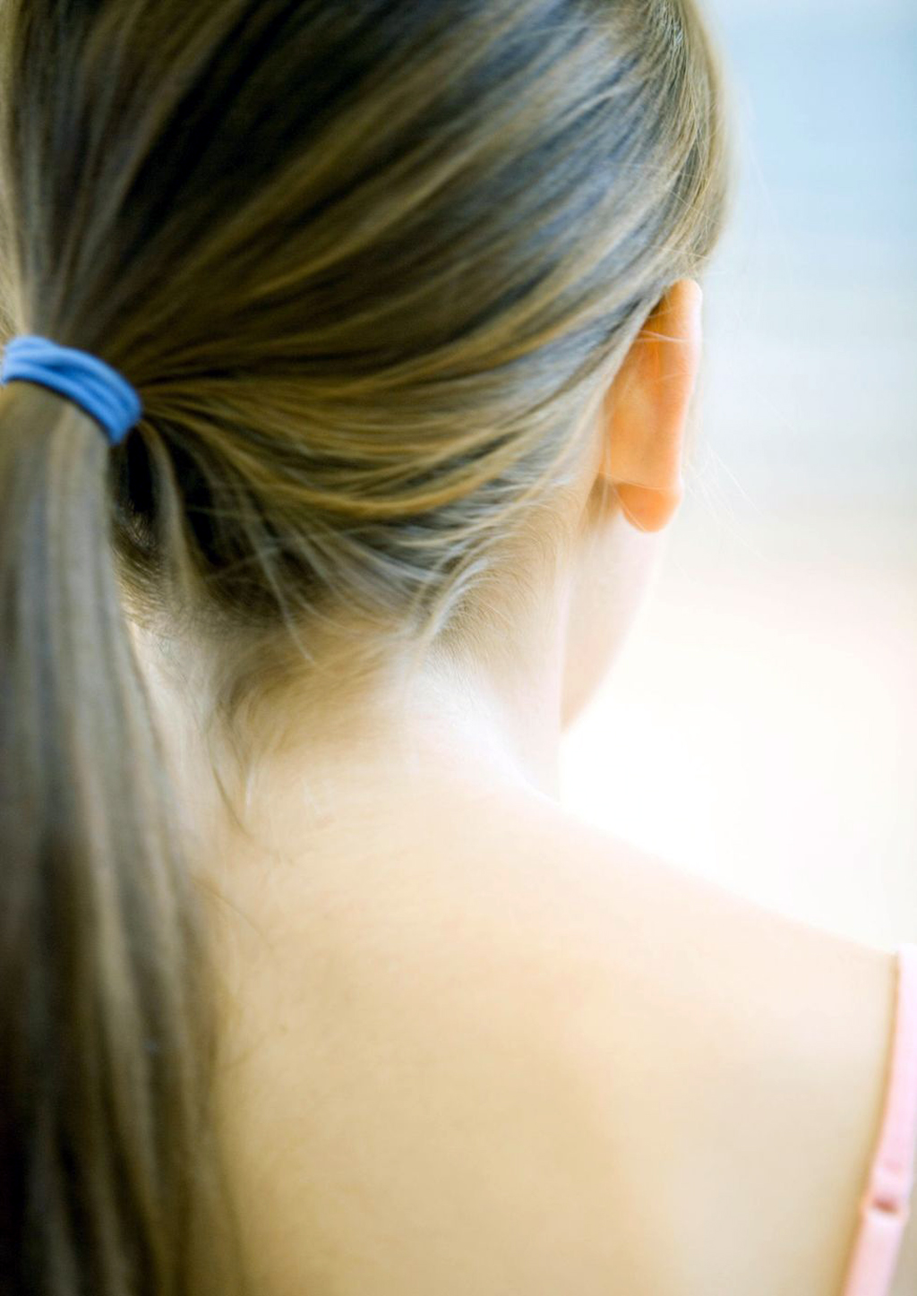 10 Worst Things You Do to Your Hair