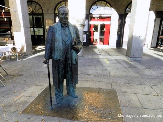 estatua de Antonio Machado, Segovia, Castilla y León