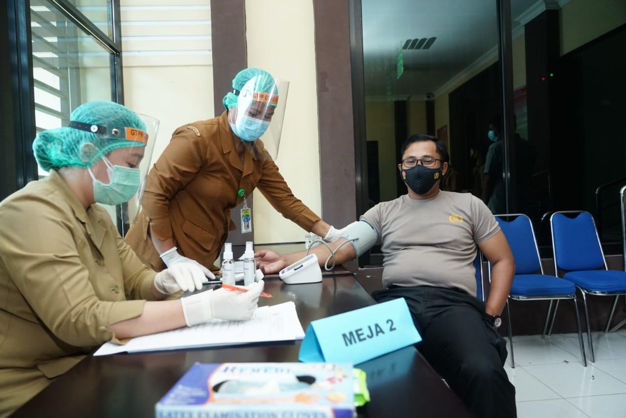 Vaksinasi Covid - 19 Perdana di Kota Tebingtinggi