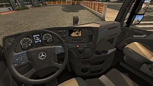 Standalone Mercedes MP4 Carbon interior