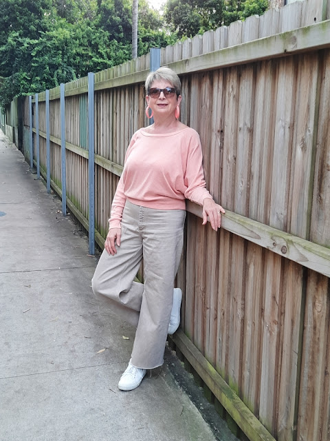 CHANNELING 70'S VIBE WITH WIDE LEG PANTS