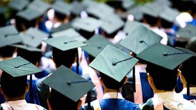 صور التخرج والخريجين الشباب