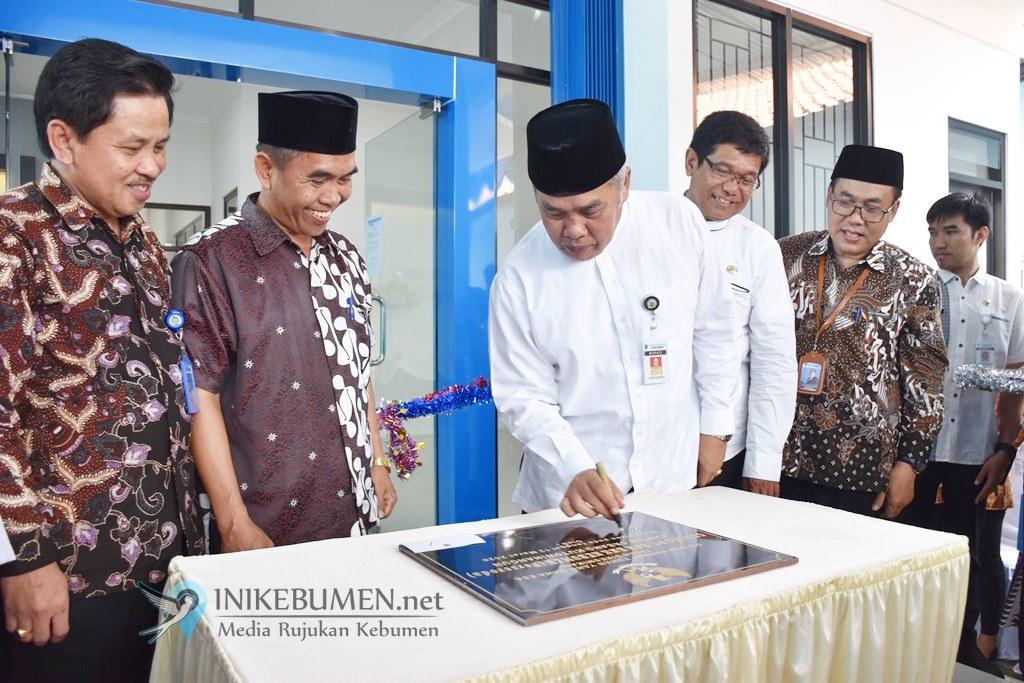 PT BPR BKK Kebumen Cabang Kutowinangun Tempati Gedung Baru