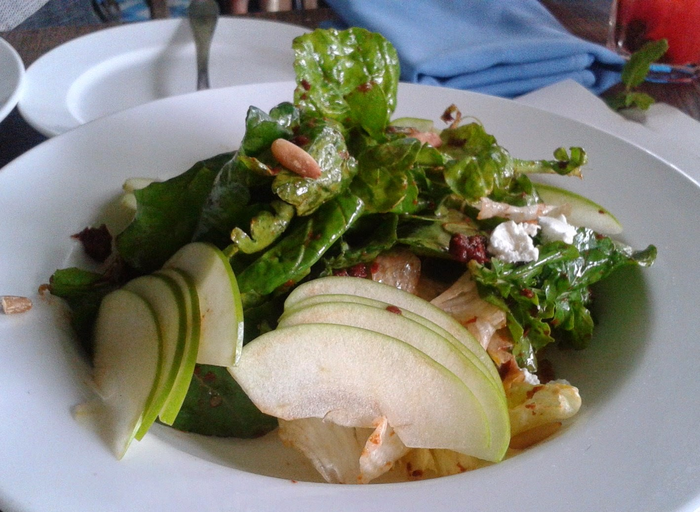 Foodaholix Olive Bistro Hyderabad monsoon menu apple feta salad