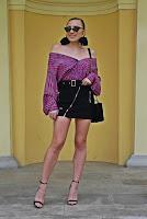 https://www.karyn.pl/2019/04/czarna-spodnica-i-pasiasta-koszula.html