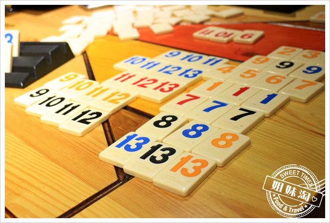 桌遊拉密教學-數字排列再也難不倒你