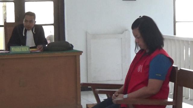 Miliki Sabu Seberat 186,13 Gram dan 2 butir pil Ekstasi Ratu Narkoba KotaTebing Tinggi Di Jatuhi Hukuman 10 Tahun Penjara