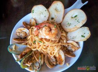 Vittorio's Steakhouse, Tomas Morato, Timog, Quezon City, seafood linguine