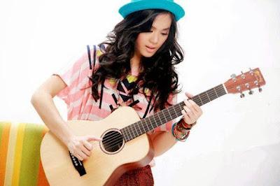 Download Kumpulan Mp3 Lagu Sheryl Sheinafia Full Album Dan Terhits