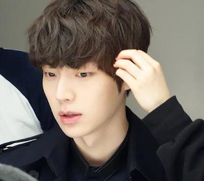 The Beauty Inside [JTBC] (2018) - Ryu Eun-Ho