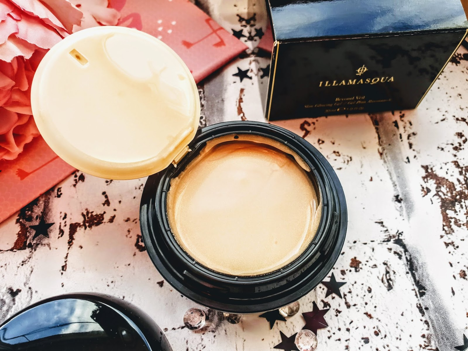 Illamasqua Beyond Veil Primer is it worth the hype?