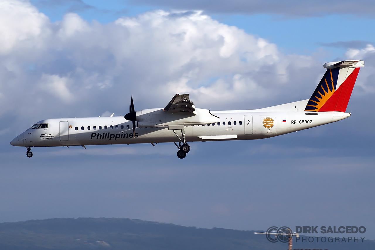 PAL Express Q400 NG