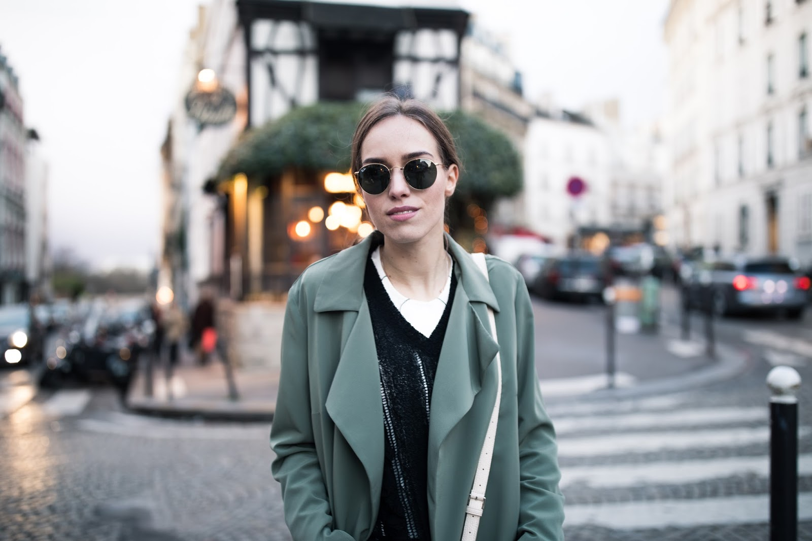 ray ban round sunglasses outfit