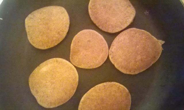 bezglutenowe czekoladowe placuszki jaglane