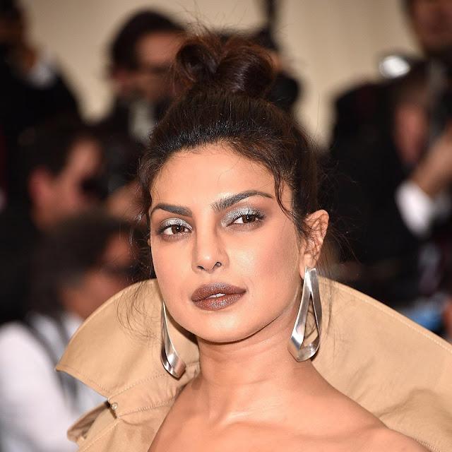 Priyanka Chopra Black Ponytail Hairstyle