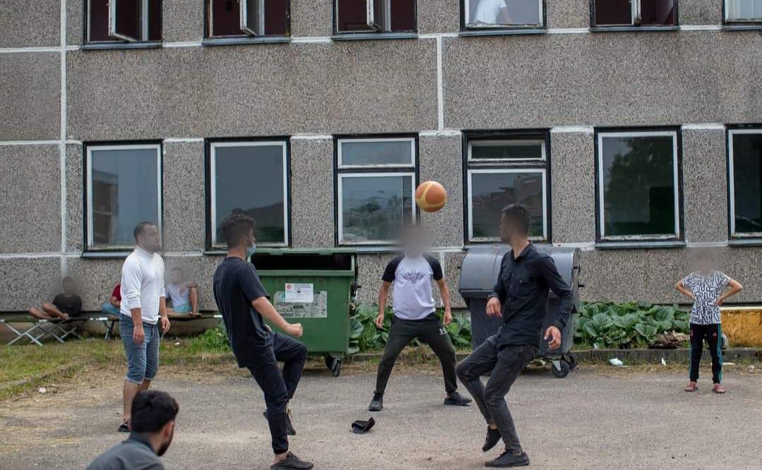 imigranti Lietuvā spēlē futbolu