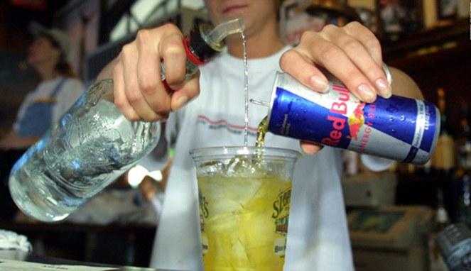 Minuman Oplosan Paling Mematikan sering di Minum Orang Indonesia