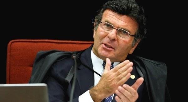 Deltan relata a Moro uma conversa que teve com o ministro do Supremo Tribunal Federal (STF), Luiz Fux