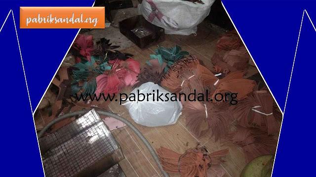 Gudang Sandal Imitasi Kulit Termurah di Tasikmalaya, Jawa Barat