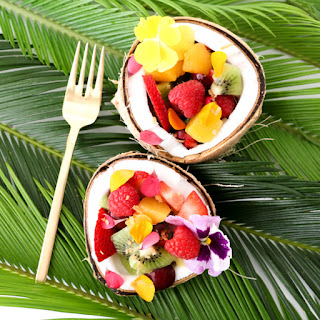 http://www.akailochiclife.com/2016/06/eat-it-tropical-fruit-breakfast-bowls.html