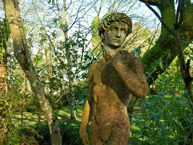 Statue at Pinetim Gardens, Cornwall