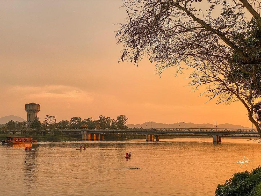 Sông Hương-cầu Tràng Tiền