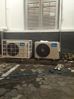 Jasa service AC di wirokerten