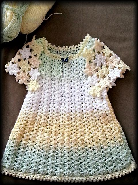 Free Crochet Pattern Baby Girl Espadrille Shoes : vestido infantil de croche com grafico