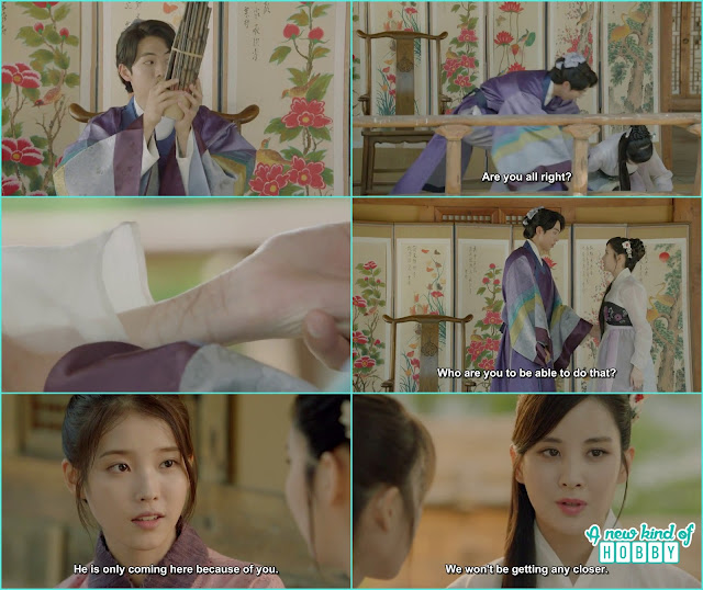 woo hee fell down and baek ah saw the scars on woo hee's wrist, after hae soo told Woo hee baek ah only came at gisang house because of you  - Moon Lover Scarlet Heart Ryeo - Episode 12 - Review