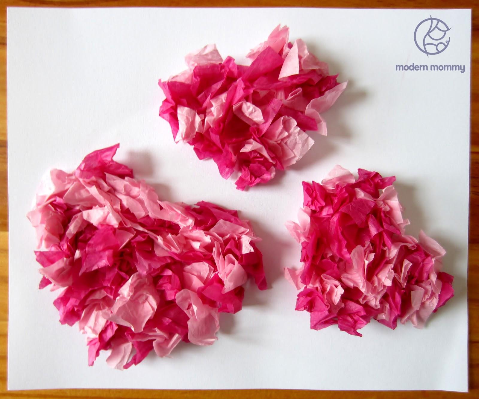 Modern Mommy: Make It Monday: Tissue Paper Heart Valentine