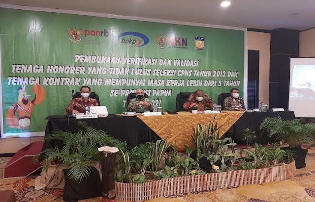 BKN dan BPKP Papua Verifikasi Kembali Data 20 Ribu Tenaga Honorer.lelemuku.com.jpg