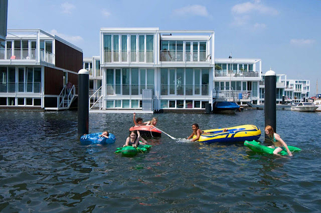 amsterdam floating houses,  floating house amsterdam ijburg,  floating houses ijburg,  ijburg amsterdam,  ijburg, amsterdam,  ijburg housing,  netherlands houses on water,  floating housing,  netherlands floating houses,  amsterdam boat houses, netherlands houses on water
