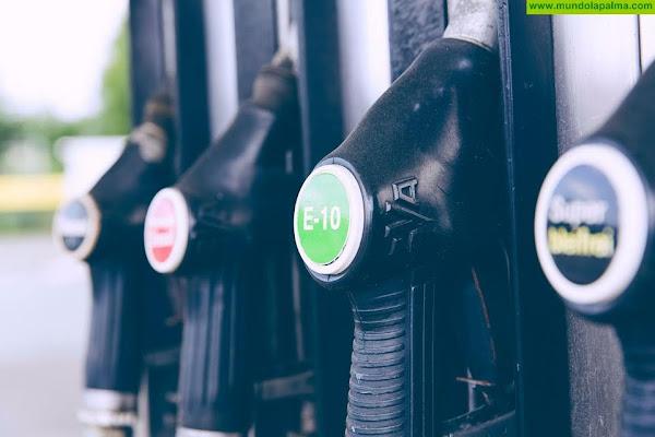 """Nieves Lady Barreto: """"Sí hay solución al precio de la gasolina, pero falta voluntad en el Gobierno de Canarias y en el Cabildo"""""""