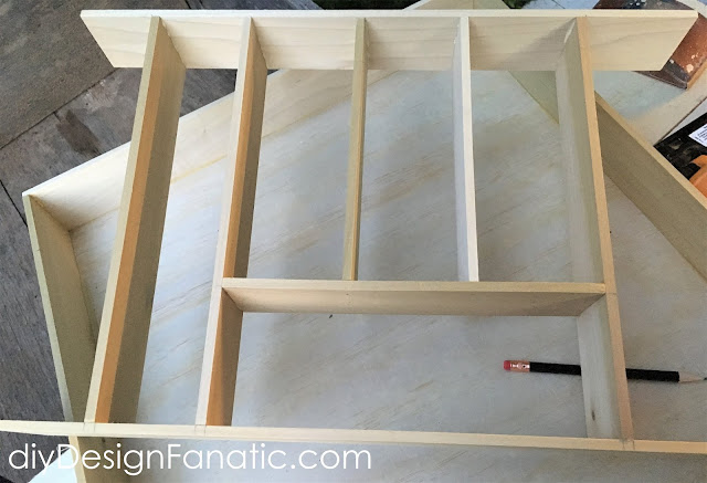mountain cottage kitchen, drawer organizer, simple project