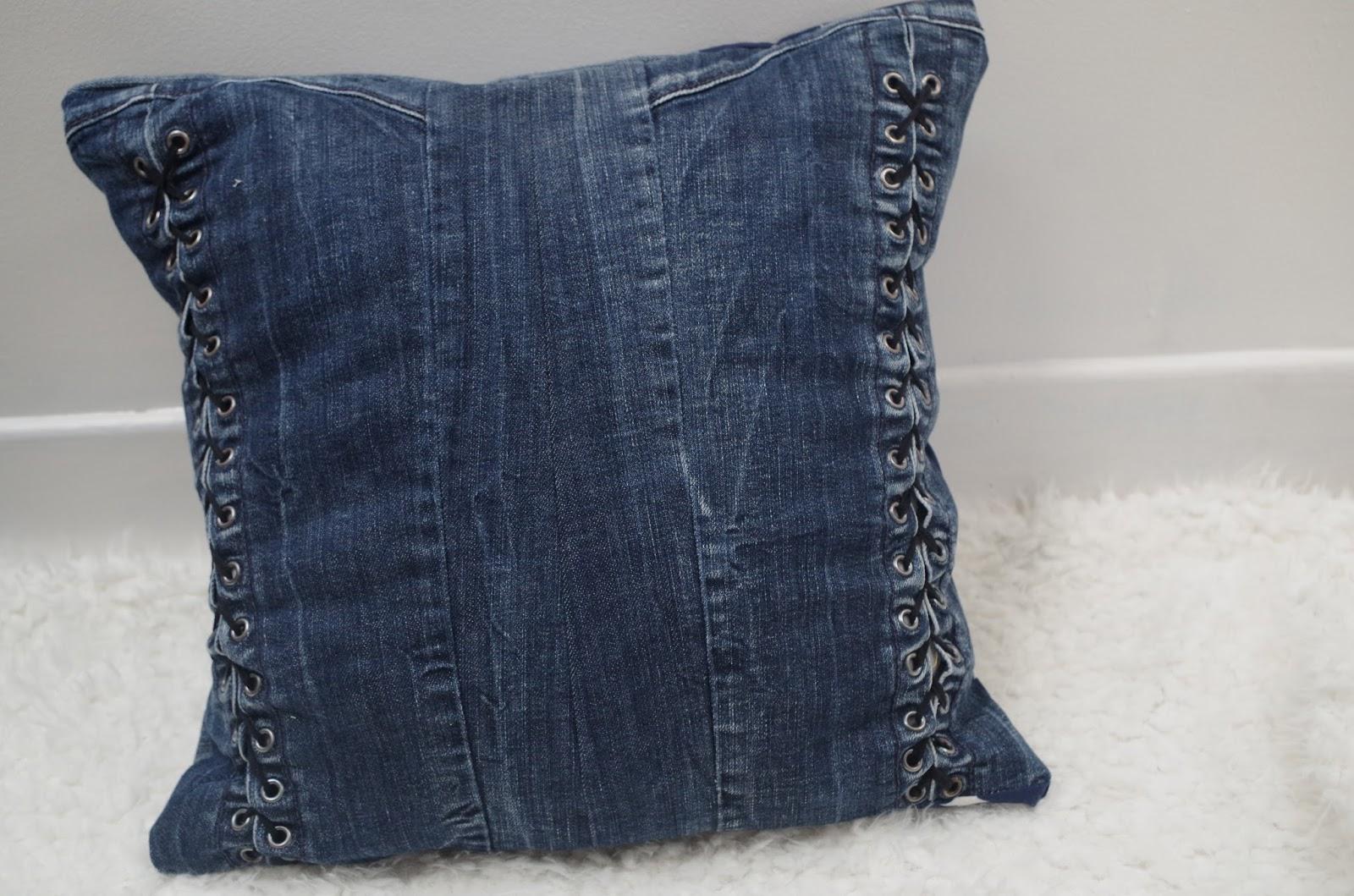 a nous la d co recycler ses vieux jeans. Black Bedroom Furniture Sets. Home Design Ideas