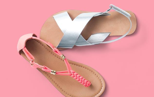 Adakah Sesuai Sandals Digayakan Untuk Pelbagai Majlis?