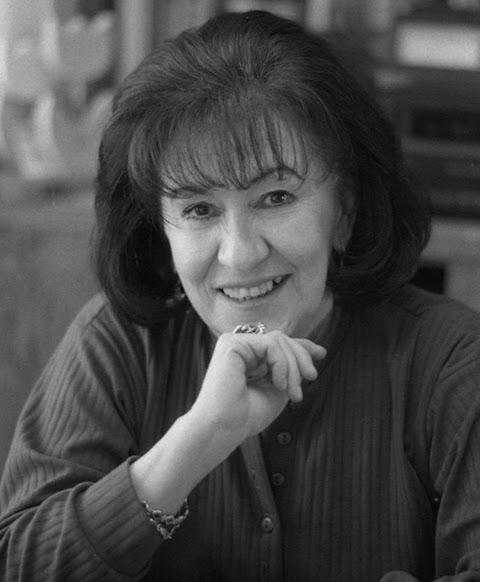 POESÍA Destino de palabras y otros poemas de Thelma Nava | Redacción Bitácora de vuelos