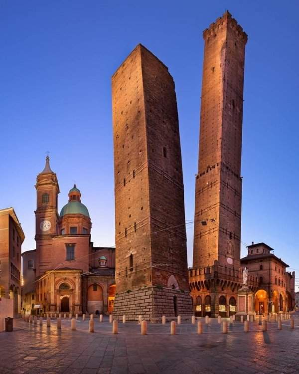Towers of Garisenda and Asinelli, Bologna, Italy
