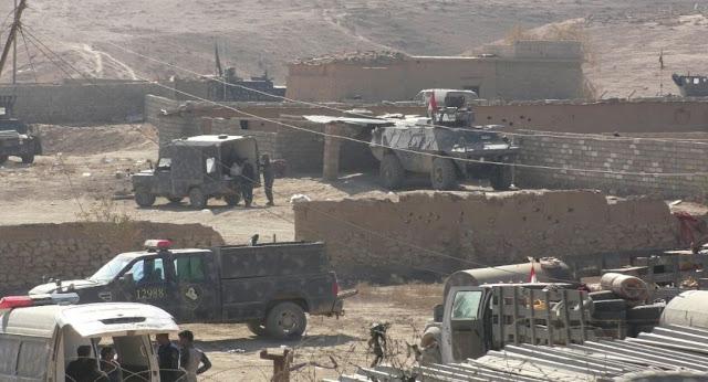 Forças policiais federais do Iraque e as tropas do Exército atacaram a cidade de Hammam al-Alil, sul de Mosul, no sábado