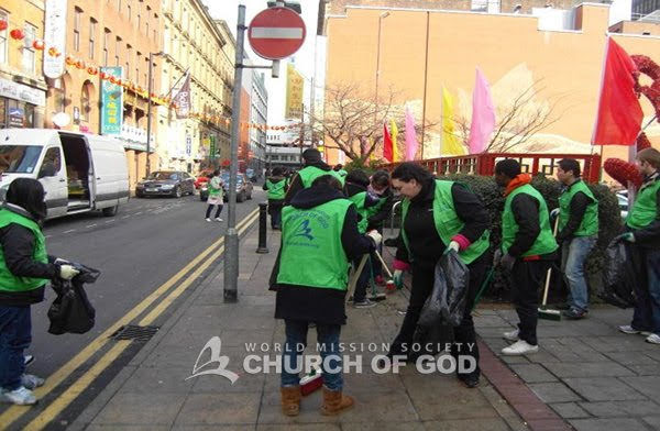 WMSCOG volunteers clean the streets after Chinese new year.