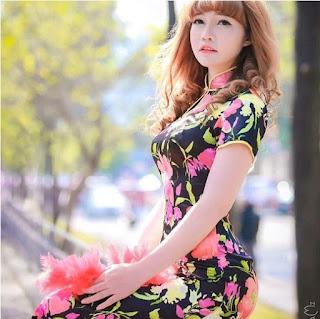 Foto seksi Doan Thi Huong
