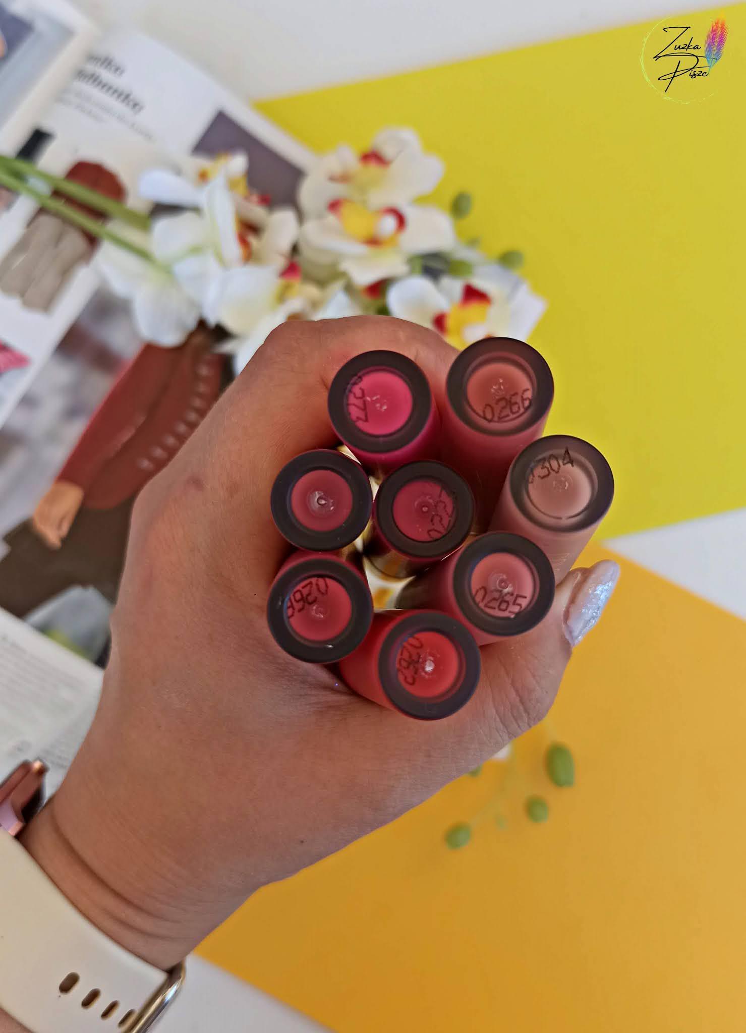 Max Factor Colour Elixir Soft Matte - długotrwała szminka w płynie